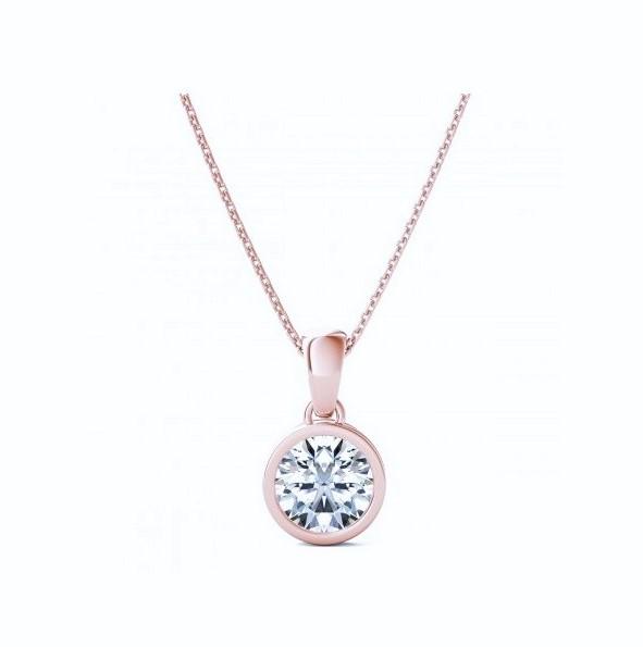 Colgante de oro rosa con diamante