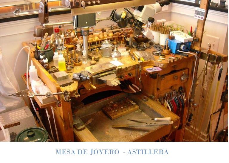 Mesa de joyero astillera
