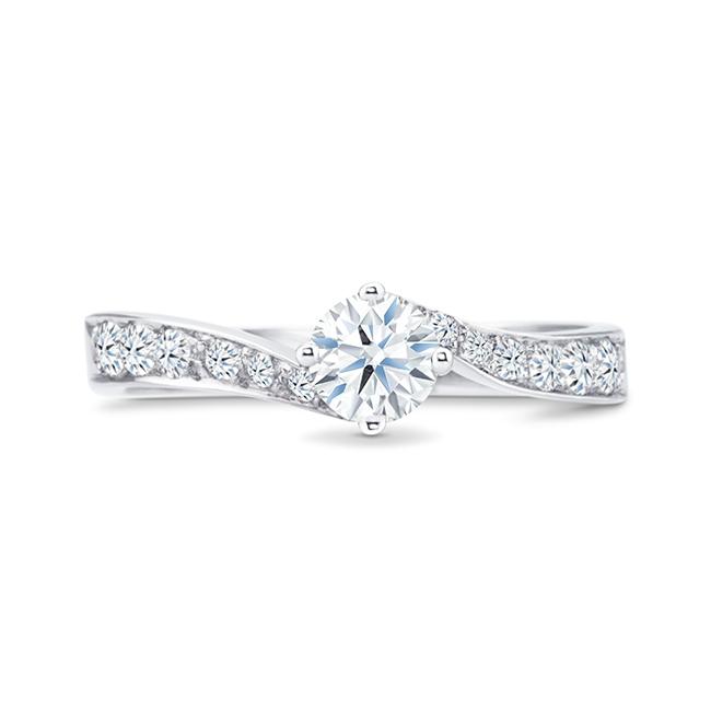 """Anillo de compromiso exclusivo en oro blanco 18k y diamantes """"Glamour"""""""