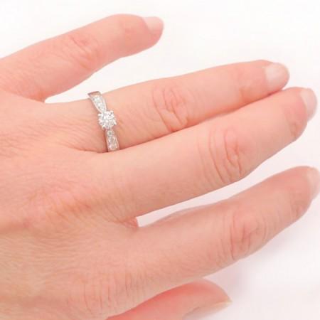anillo mano Higashi