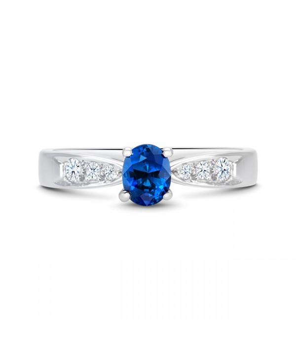Anillo zafiro Azul Oval con Diamantes HIGASHI - SK 4 ZAF