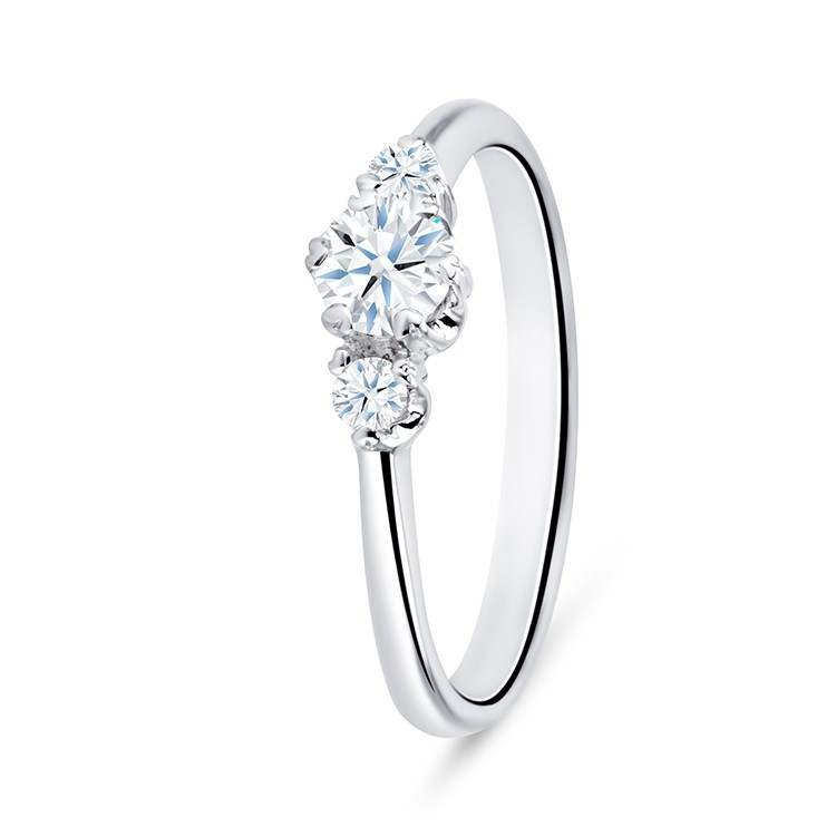 Anillo tres Diamantes SHALOSH - SC 250