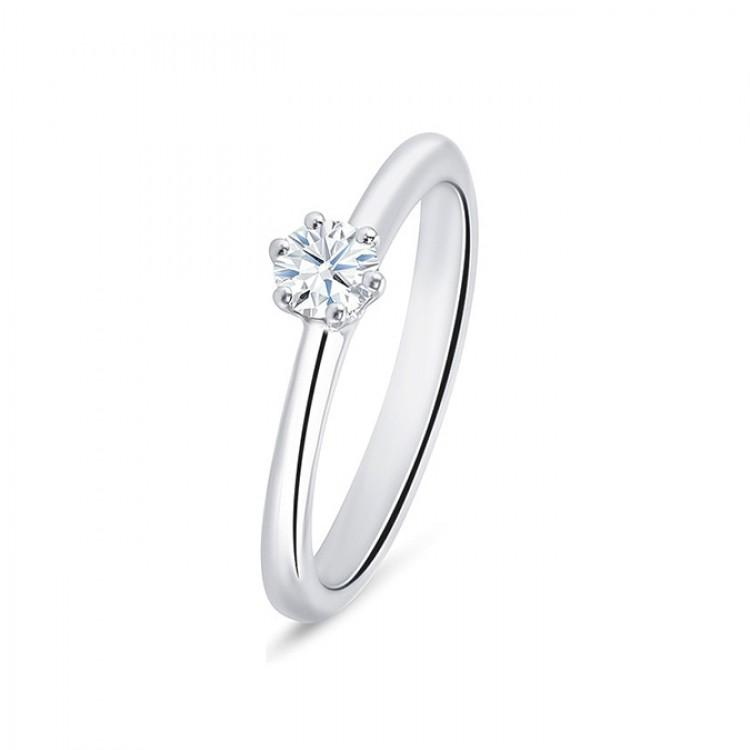 "Sortija ""Hopess"" 0.15 cts. oro blanco 18k y diamantes"