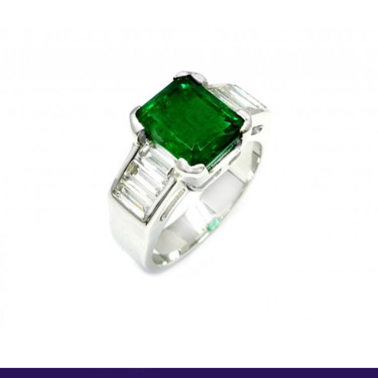 anillo esmeralda baguettes 3