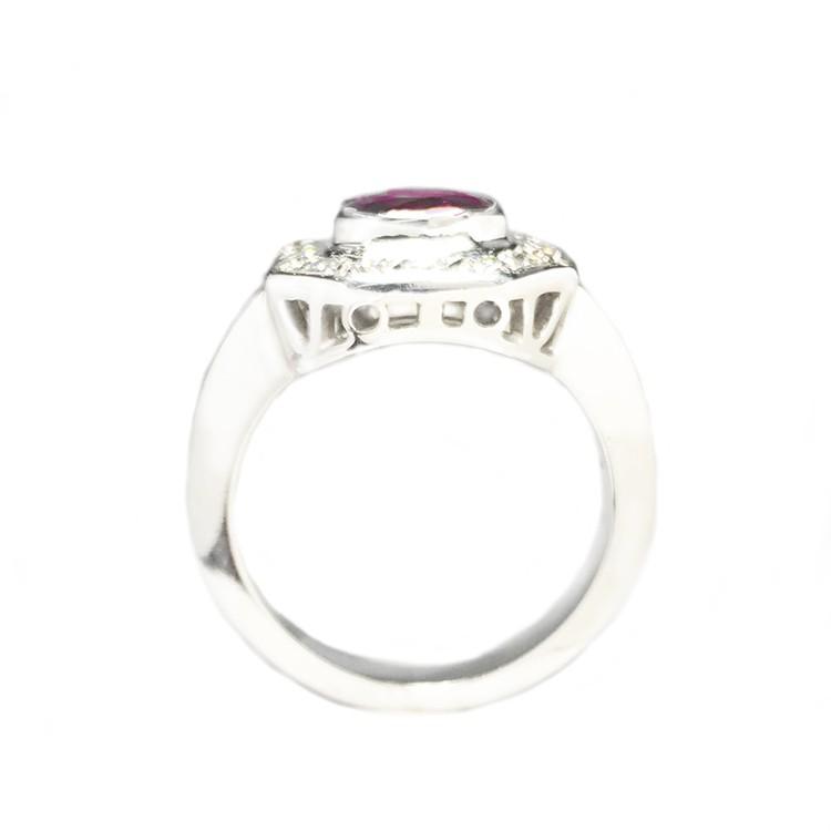 anillo rubi y brillantes