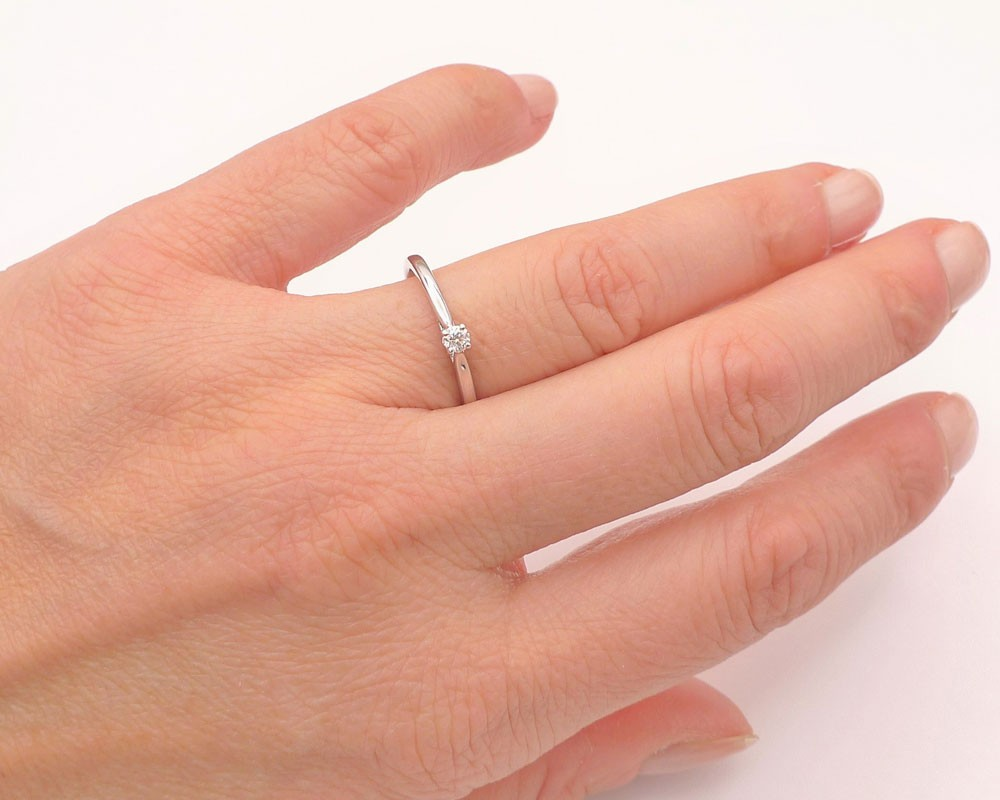 anillo de pedida de mano lido
