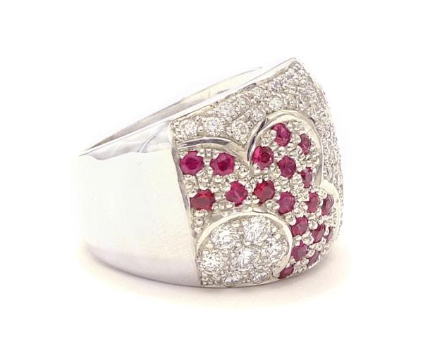 anillos de diamantes y rubies