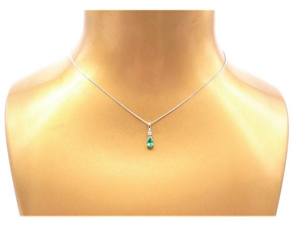 colgante esmeralda y diamante
