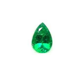 esmeralda perilla de un quilate