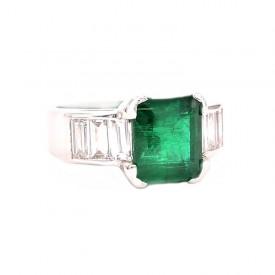 anillo esmeralda baguettes