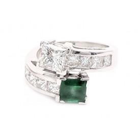 anillo tu y yo esmeralda y diamantes