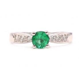 anillo de esmeralda compromiso