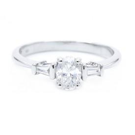 anillos de diamante talla oval