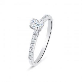 """Sortija """"CairoStyle"""" oro blanco y diamantes clásica"""