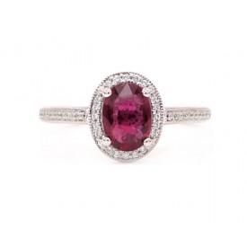 sortija con rubies y diamantes