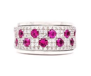 anillo con diamantes y rubies