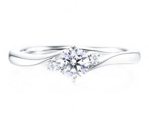 anillos compromiso tres diamantes