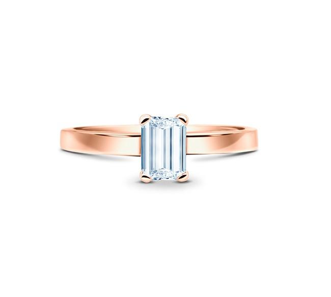 Anillo oro rosa Diamante Talla Esmeralda en cuatro garras