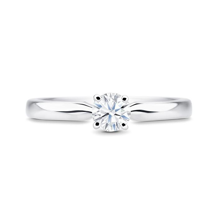 """Sortija de oro """"Viena S"""" con un Diamante central y forma sensual"""