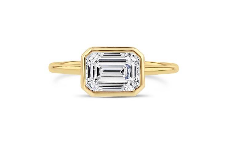anillo de diamante moderno