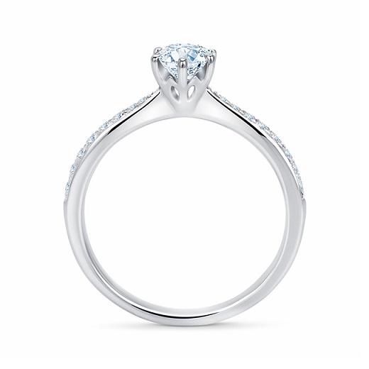 anillos de compromiso platino y oro