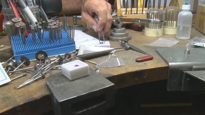 taller de joyería en Madrid, arreglo de joyas, alta joyería